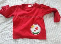 rotes Fliegenpilz-Shirt