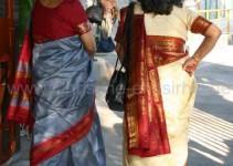 die Gäste warten vor dem Tempel auf die Braut