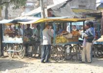 Marktstand an der Straße