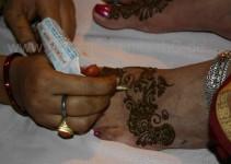 Mehindis für die Gäste der Braut